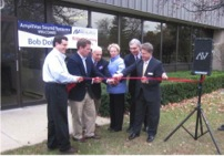 Amplivox-Ribbon cutting